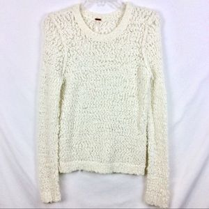 FREE PEOPLE SWEATER. SIZE MED  IVORY. SUPER CUTE